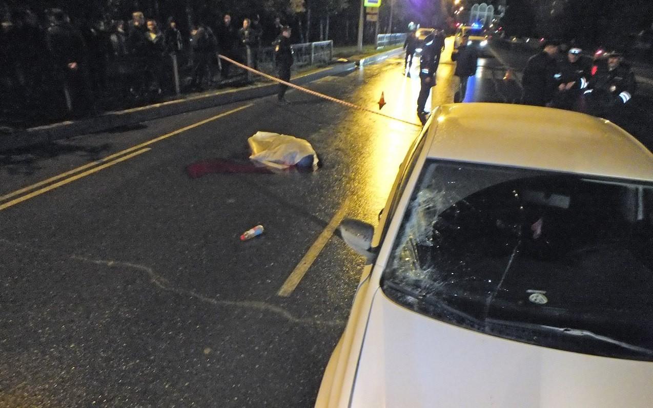 В Нижневартовске юный водитель насмерть сбил женщину