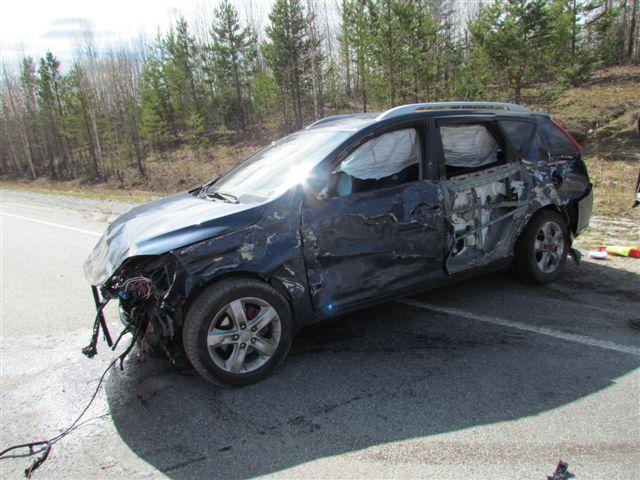 Полицейский погиб врезавшись в бетонное ограждение в Краснодаре