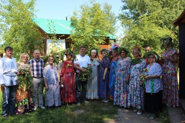 В Нижневартовске отметили День дружбы и единения славян