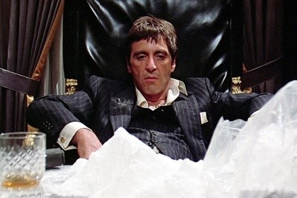 ВСургуте полицейские изъяли неменее 20 килограммов синтетических наркотиков