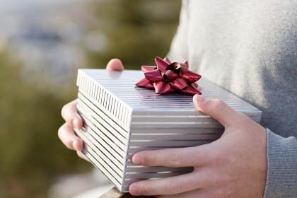 6 оригинальных идей подарка парню своими руками